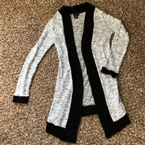 Rue 21 light sweater